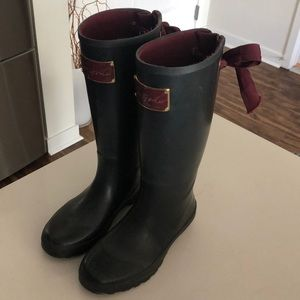 Tom Joule rain boots! Navy and Maroon